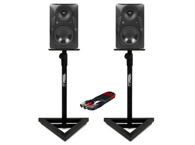 2x Mackie MR824 with Stands & Cable