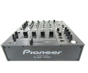 Pioneer DJM-700 Mixer Black