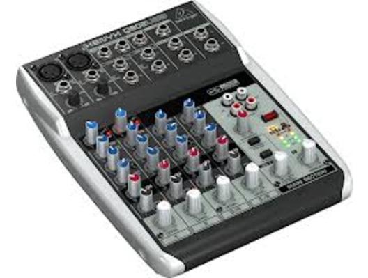 Behringer Xenyx Q802 USB Mixer