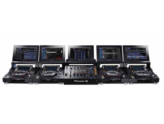 Pioneer 4x CDJ-TOUR1 and Pioneer DJM-TOUR1