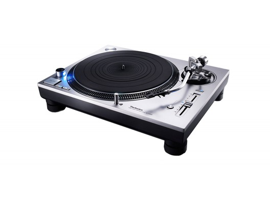 Technics SL-1200GR Direct Drive Turntable