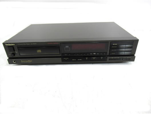 Technics SL-P222A Compact Disc Player
