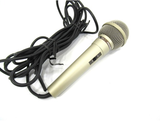 Pioneer DM-21 Uni-Directional Dynamic Microphone