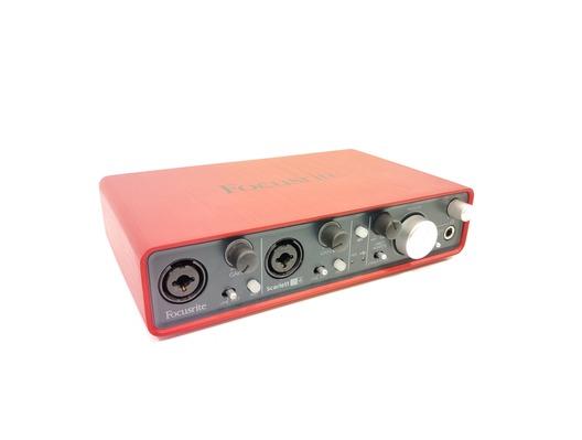 focusrite scarlett 2i4 audio interface usb whybuynew. Black Bedroom Furniture Sets. Home Design Ideas