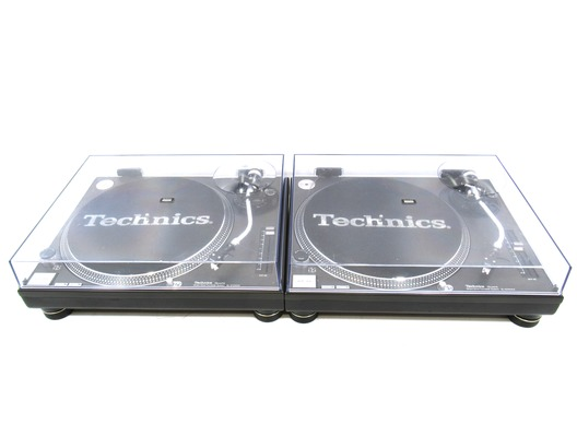 Technics SL-1210 MK2 Turntable Pair