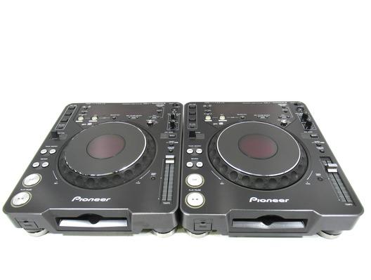 Pioneer CDJ-1000 MK3 & Pioneer CDJ-1000 MK3 (Pair)
