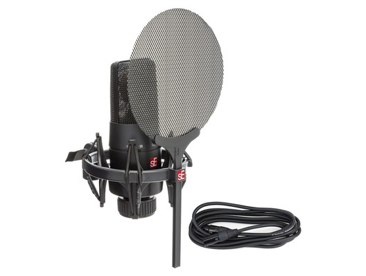 sE Electronics X1 S Microphone Vocal Pack